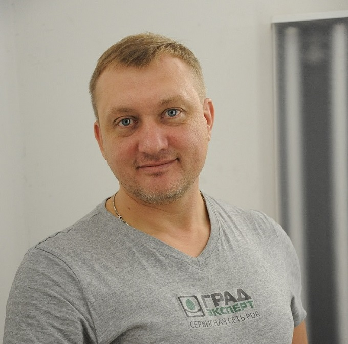 Владислав Майер